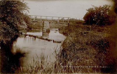 Footbridge over Fourscore River